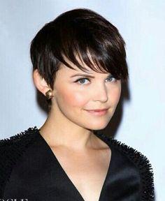 Short hair style.
