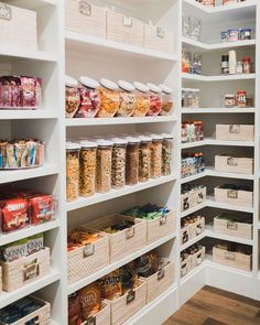 Pantry organization can give your kitchen an instant upgrade. The right pantry storage ideas can make your space both more functional and more beautiful, and these pantry organization and storage ideas and tips will help you make it happen. #storageideas #diykitchen