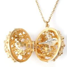 We have some of the new gorgeous Alex Monroe lockets in stock right now. Find a tiny garden bird of rose inside!