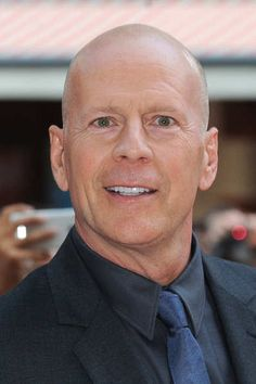 Bruce Willis rules out singing return | 15 Minute News