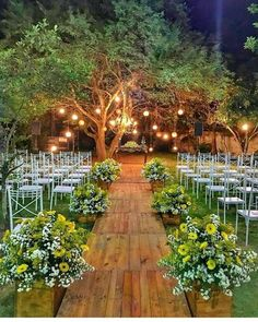 """We had previously discussed """"backyard"""" and """"wedding"""" decorations. This time we will combine a gorgeous garden wedding decor. Are you interested in backyard weddings? Planning this type of wedding may be the good idea for your wedding party. Outside Wedding, Wedding Ceremony, Wedding Venues, Small Wedding Receptions, Wedding After Party, Wedding Set Up, August Wedding, Sunset Wedding, Wedding Sparklers"""