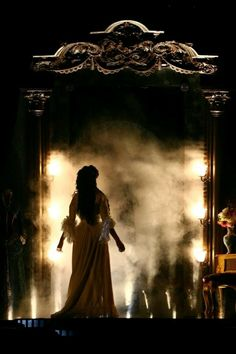 Angel of Music - Phantom of the Opera.must see again! Theater, Theatre Nerds, Musical Theatre, Broadway Theatre, Theatre Costumes, Sierra Boggess, Comedia Musical, Art Magique, Foto Fantasy