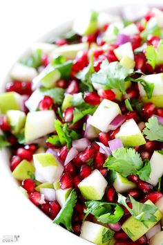 5-Ingredient Pear Pomegranate Salsa -- a delicious and colorful holiday appetizer! gimmesomeoven.com #appetizer #christmas #recipe
