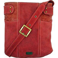 """Modelo Morral """"Vichuquen"""" roja, 100% de cuero, ajustable y con cierre interior. Precio: $59900"""