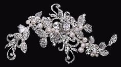 HC1634 from En Vogue Bridal accessories. Stocked at Cotswold Bride, Cheltenham