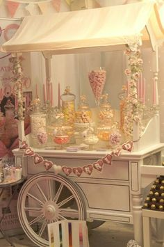 Sweet-Table for my Wedding 😍 Lolly Buffet, Candy Buffet Tables, Candy Table, Dessert Tables, Sweet Carts, Candy Bar Wedding, Candy Cart, Festa Party, Candy Shop
