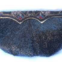 """Vintage Delill BLACK Red Gold Beaded Clutch Handbag; Black Lining; perfect holiday addition   DESIGNER:  Delill Marked SIZE: 6"""" x 8 1/2""""  Material:  beaded; metal, polyester  Condition: Great Vintage Condition  Additional belts are available if you are looking for a specific color or type ... Beaded Clutch, Vintage Handbags, Gold Beads, Indie Brands, Red Gold, Belts, Type, Metal, Holiday"""