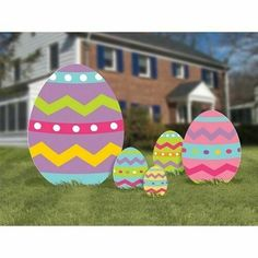 Very popular Easter egg yard sigs made of corrugated plastic with metal stakes. Easter Projects, Easter Crafts For Kids, Easter Ideas, Bunny Crafts, Diy Crafts, Upcycled Crafts, Thanksgiving Crafts, Preschool Crafts, Holiday Crafts