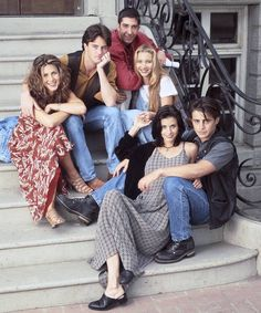 """That& why """"Friends"""" could soon disappear from Netflix - STARS – Lieblingsserien und -filme - Tv: Friends, Serie Friends, Friends Episodes, Friends Cast, Friends Moments, Friends Forever, Friends Tv Quotes, Matthew Perry, Jennifer Aniston"""