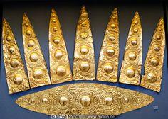 Bronze AgebEtruscan: Minoan gold diadem C.1500BC