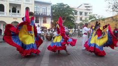 Traditional Colombian Dance in Cartagena | DiscoveringIce.com Dancers perform a traditional Colombian dance and song inside the walls of the old city of Cartagena, Colombia.
