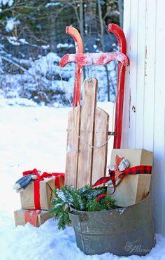 Easy to build $10 Vintage Christmas Sled