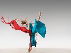 Lois Greenfield Photography Typo Poster, Poster Ads, Shall We Dance, Just Dance, Layout Inspiration, Graphic Design Inspiration, Lois Greenfield, Ballet, Dance Photography
