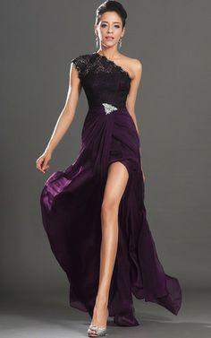 Asymmetrischer Ausschnitt Elegantes bodenlanges Ballkleid/ Abendkleid mit Kristall Blumenbrosche mit Applike