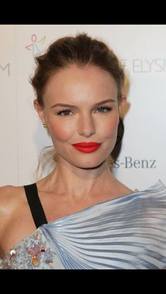 Kate Bosworth makeup. Dem cheekbones