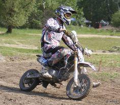 Muddy race, pitbike championship.