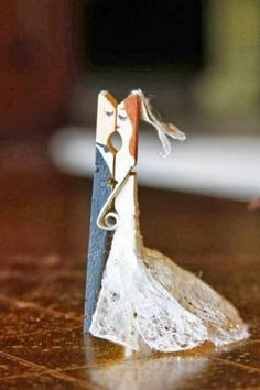 Clothes pin craft for wedding..bride and groom, so cute!