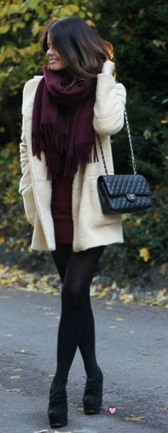 Maroon, cream and black tights | #HUE #HUEGotTheLook
