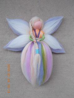 Beginner ideas for felting fairies Felt Fairy, Baby Fairy, Wool Dolls, Felt Dolls, Felt Crafts, Diy And Crafts, Felt Angel, Needle Felting Tutorials, Felt Decorations