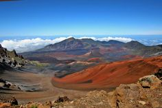 Haleakala Volcano Maui - hiking around the crater is like being on the moon