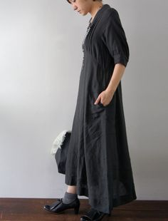 [Envelope Online Shop] Ekaterina Lisette dress.  With longer uncuffed sleeves, this would be lovely.