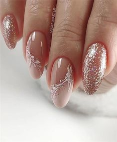 wedding nail designs 25 Latest Wedding Nail Hair Loss, Not The Manicure Nail Designs, Manicure And Pedicure, Nail Art Designs, Manicure Ideas, Cute Nails, Pretty Nails, My Nails, Glitter Nails, Short Nails