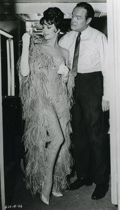 NATALIE WOOD & BOB HOPE (1962)