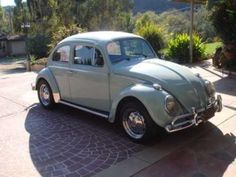 1961 Volkswagen Beetle Maintenance of old vehicles: the material for new cogs/casters/gears could be cast polyamide which I (Cast polyamide) can produce Bug Car, Beetle For Sale, Volkswagen Beetles, Vw Bugs, Small Cars, Future Car, Old Cars, Roads, Cars And Motorcycles