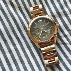 Fossil Watch Cecile Rose Gold Like new! Fossil Jewelry, Red Gold, Gold Watch, Candy, Watches, Rose, Accessories, Things To Sell, Sweet