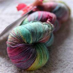 Queen Silk Lace - £13.50 per 100g.