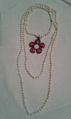 Collar perlas largos dije flor con coral