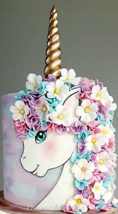 A place for people who love cake decorating. Birthday Cakes Girls Kids, Cute Birthday Cakes, Barbie Birthday, Unicorn Birthday Parties, Unicorn Party, Unicorn Cakes, Cake Kids, Unicorn Cake Design, Pony Cake