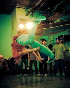 breakdancer breakdancers breakdancing breakdancin bboy bboys flip front flip front flips front flip for style front flip180 front flip 360 © Brandon Peters Photography