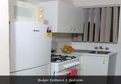 Get the full furnished budged 2 bedroom Apartments at Airport Wooloowin Motel