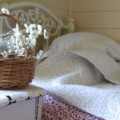 Heirloom Quilt - Timber and Twine.co handmade quilts available online www.timberandtwine.co