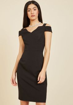 If you lust after a look that's as voluptuous as it is luxe, then this LBD by Adrianna Papell will satisfy you stylishly! Perfectly tailored and designed with a notched neckline flanked by off-the-shoulder accents, this back-vented sheath dress gratifies your appetite for the glamorous.