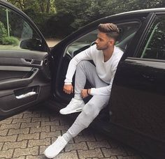 Portrait Photography Men, Photography Poses For Men, Photo Pose For Man, Photo Poses, New Car Photo, Car Poses, Mens Photoshoot Poses, Cool Hairstyles For Men, Moustaches