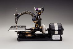 Sewing machine c. early 1900s; Wilcox and Gibbs; New York; Collection of the Museum of American Heritage, Palo Alto, CA ; 4M.063