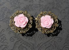 "Simply Adorable Light Pink Rose Flower Plugs - 0g, 00g, 7/16"", 1/2"", 9/16"" -ryarr.com"