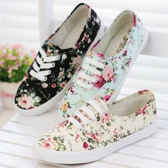 fresh new 2014 canvas shoes female casual sneaker low flat cotton-made lazy shoe single shoes flower printed platform women 517 Sneakers Mode, Casual Sneakers, Sneakers Fashion, Casual Shoes, Fashion Shoes, Floral Sneakers, Floral Shoes, Beige Sneakers, Pretty Shoes