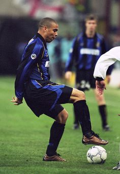 6 Dec Ronaldo of Inter Milan puts his foot on the ball during the UEFA Cup third round second leg match against Ipswich Town played at the San Siro, in Milan, Italy. Inter Milan won the match winning on aggregate. \ Mandatory Credit: Stu F Best Football Players, Football Cards, Football Team, Iran Football, Ronaldo 9, Everton Fc, International Football, Soccer Stars, Football Wallpaper