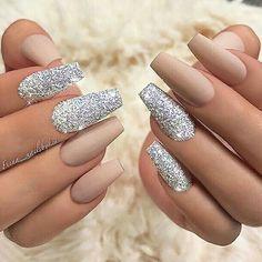 Best Glitter Nails - 44 Nails That Sparkle In The Light! - Nail Art HQ #GlitterFashion