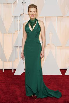 Scarlett Johansson, in Atelier Versace, with Piaget jewels. The 2015 Academy Awards: All the Pictures From the Red Carpet - Gallery - Style.com