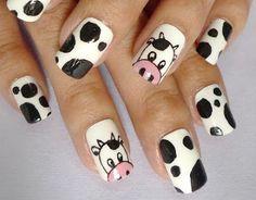 Cow nail art design, I love cows! Animal Nail Designs, Animal Nail Art, Cute Nail Designs, Nail Art Pen, Cute Nail Art, Cute Acrylic Nails, Nail Art Motif, Nextgen Nail Colors, Cow Nails