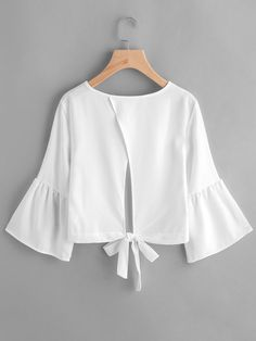 Shop Flute Sleeve Open Back Bow Tie Blouse online. SheIn offers Flute Sleeve Ope… Shop Flute Sleeve Open Back Bow Tie Blouse online. SheIn offers Flute Sleeve Open Back Bow Tie Blouse & more to fit your fashionable needs. Blouse Styles, Blouse Designs, Hijab Fashion, Fashion Dresses, Bow Tie Blouse, Casual Outfits, Cute Outfits, Diy Kleidung, Blouse Online
