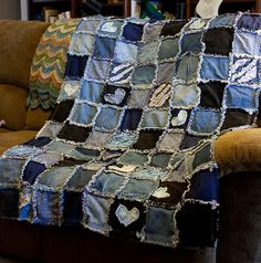 blue jean rag quilt | Labels: polymer clay , rag quilting , sewing