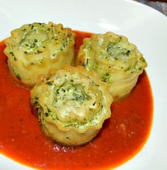 Wish Upon A Dish: Pasta Rosettes w/Spinach-Ricotta Mousse
