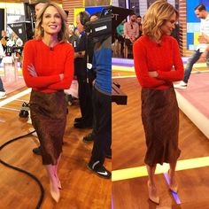 wears sweater and skirt. Heels by Heels, Skirts, How To Wear, Topshop, Style, Sweaters, Instagram