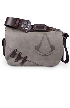 That Assassin's Creed Black Flag Leather Messenger Bag Jaysus, it's expensive tho Assassins Creed Cosplay, Assassins Creed Black Flag, Assassin's Creed Black, Geek Mode, Estilo Tomboy, Satsuriku No Tenshi, Nerd Geek, Geek Stuff, Purses