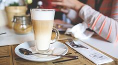 Learn how easy it is to make your own coffee drinks with milk like a mocha latte, caramel macchiato and cappuccino all from the comfort of your own home. Coffee Latte, Best Coffee, Coffee Cups, Coffee Spoon, Espresso Coffee, Italian Espresso, Iced Coffee, Maple Syrup In Coffee, Best Espresso Machine